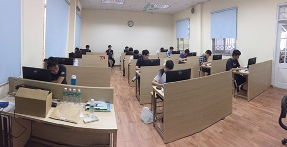 Vietnamese students participated in the APIO 2019 which was held online on May 19.