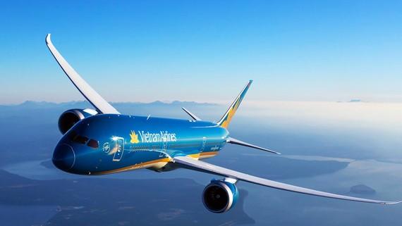 Các hãng hàng không tăng tải phục vụ hành khách bị ảnh hưởng bão số 10