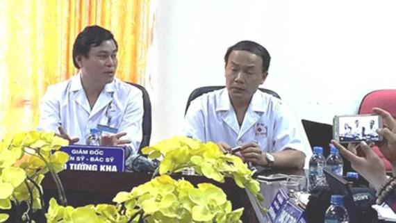 Lãnh đạo Bệnh viện Thể thao Việt Nam gặp gỡ báo chí thông báo về vụ hành hung bác sĩ của bệnh viện