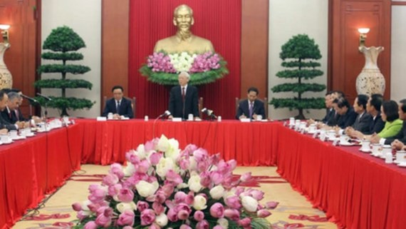 A meeting between General Secretary of the Communist Party of Vietnam Nguyen Phu Trong and new heads of representative offices abroad
