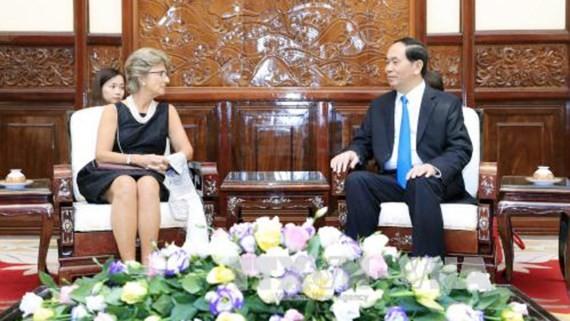 Vietnamese President Tran Dai Quang receives Spanish ambassador Jesus Figo Lopez Palop (Photo:VNA)