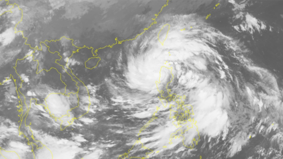 Typhoon Khanun is heading towards East Sea