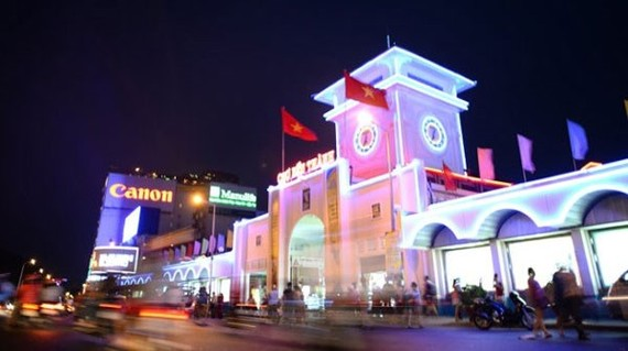 LED lights installed around Ben Thanh Market in HCM City. (Photo: tuoitre.vn)