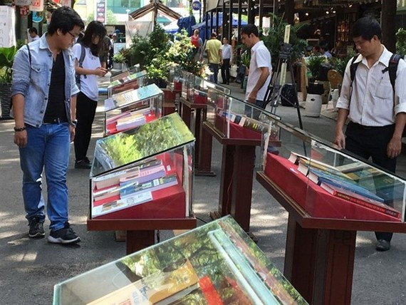 The HCM City pedestrian-only Book Street at Nguyen Van Binh Street in District 1 is a popular destination for local and foreign visitors. (Photo: VNA)