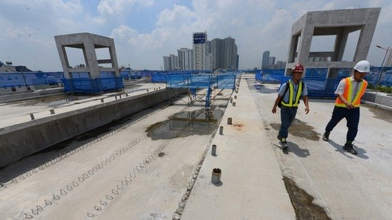 Metro line 1 Ben Thanh-Suoi Tien is one of the city's strategic projects. (Photo: tuoitre.vn)