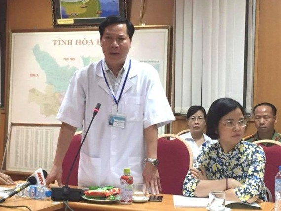Hospital director Truong Quy Duong is suspended from work relating to the dialysis incident in his hospital (Photo: SGGP)