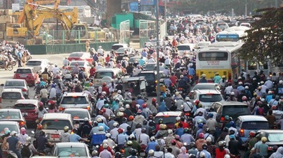 Hanoi plans to ban motorbikes in downtown to curb traffic congestion (Photo: SGGP)