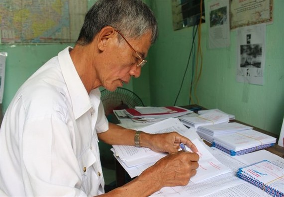 War veteran Dao Thien Sinh has sent some 40,000 letters to families of martyrs, informing them of their kin's grave locations. (Photo: VNA)