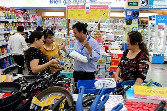 Shoppers at a Co.op Mart supermarket in HCM City (Photo: VNA)