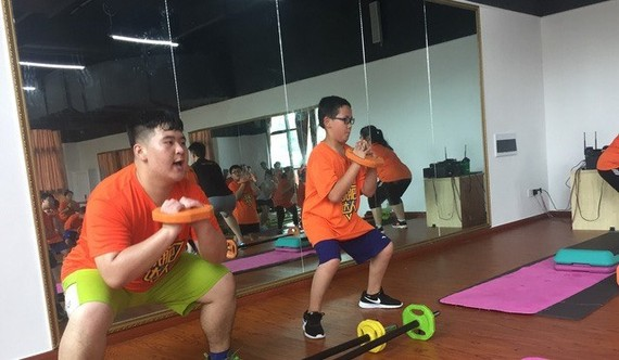 Children excercise at Children's Hospital 1 in HCM City (Photo: congly.vn)
