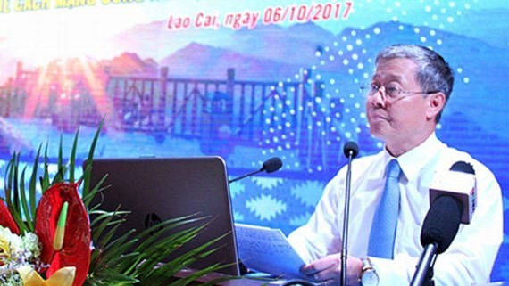 Deputy Minister of Information and Communications Nguyen Thanh Hung speaks at the seminar (Photo: SGGP)