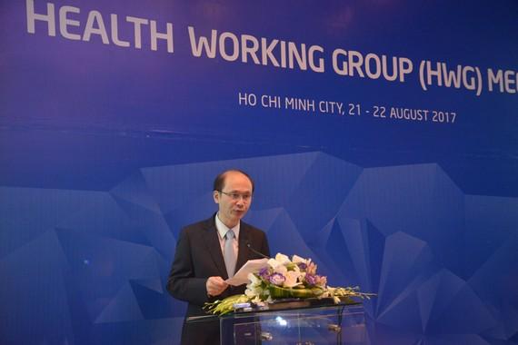 Thứ trưởng Bộ Y tế Lê Quang Cường phát biểu tại cuộc họp Nhóm công tác Y tế (HWG) lần thứ 2