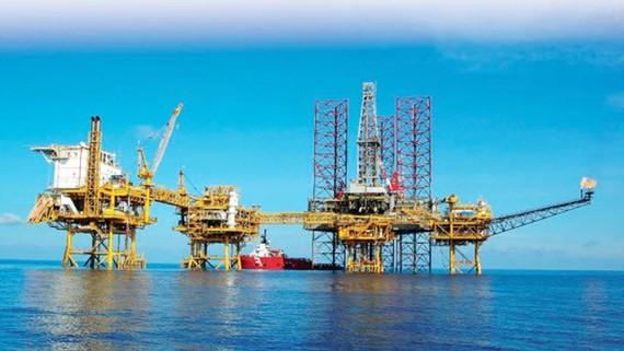 Bộ trưởng Đinh Tiến Dũng: Khi giá dầu thế giới giảm và duy trì ở mức thấp, nhiều nước đã nghiên cứu điều chỉnh chính sách thuế