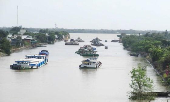 Thủ tướng yêu cầu kiểm tra việc mãi lộ trên sông