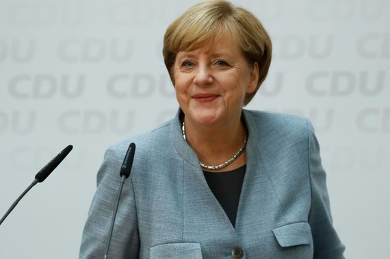 Ngày 25-9, Thủ tướng Đức Angela Merkel khẳng định đảng Sự lựa chọn vì nước Đức sẽ không gây ra bất kỳ tác động nào tới các chính sách tị nạn, châu Âu và đối ngoại của nước này.
