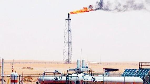 Vùng Vịnh cùng tăng giá xăng dầu