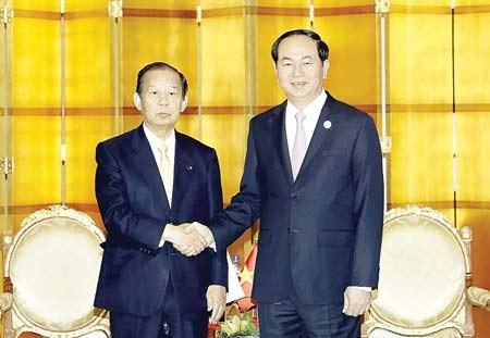 Chủ tịch nước Trần Đại Quang tiếp Tổng thư ký đảng Dân chủ Tự do Nhật Bản Toshihiro Nakai, tại thủ đô  Bắc Kinh, Trung Quốc