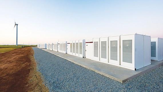 Nhà máy dự trữ điện bằng pin lithium-ion lớn nhất thế giới