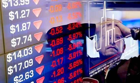 Cổ phiếu các công ty công nghệ đồng loạt giảm do hiệu ứng từ Facebook
