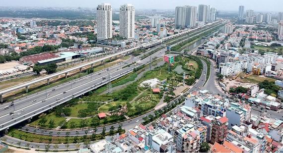 Khu dân cư quận 2 bên xa lộ Hà Nội, tuyến metro số 1 Bến Thành - Suối Tiên               Ảnh: CAO THĂNG