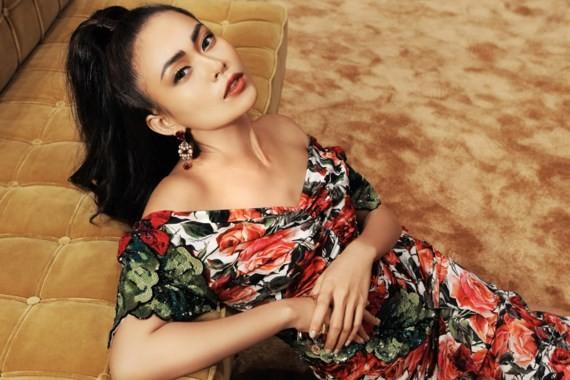 Model Mau Thuy