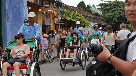 The number of international visitors coming to Vietnam rises
