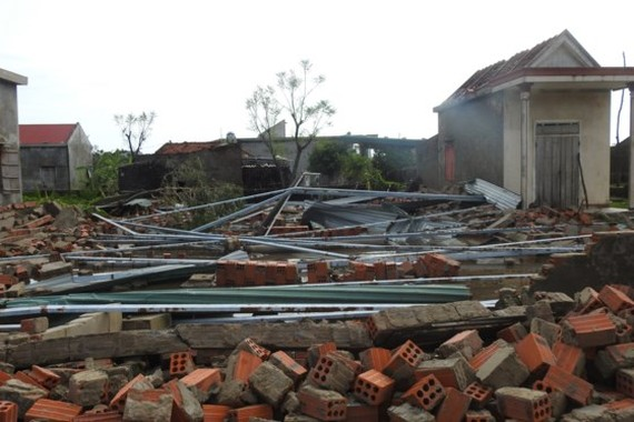 Houses, schools collape after storm in Quang Binh