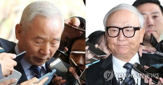 The file photo, on Nov. 14, 2017, shows two former spy chiefs -- Nam Jae-joon (L) and Lee Byong-ho (R) accused of paying billions of won with the agency's off-book funds to two aides of then-President Park Geun-hye. (Yonhap)