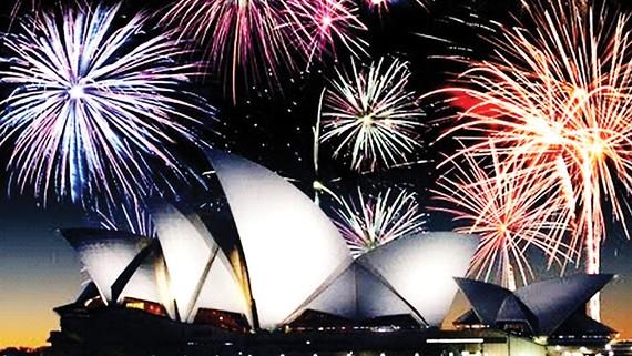 Pháo hoa tại cầu cảng Sydney