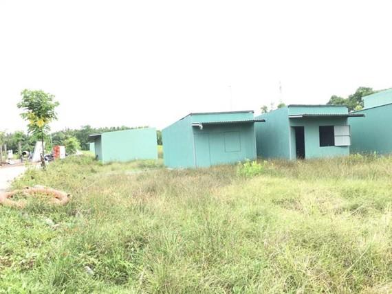 Những căn nhà 'ma' được dựng lên để lách quy định tách thửa