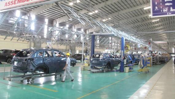 Lắp ráp ô tô trong khu phức hợp Chu Lai của Tập đoàn Trường Hải