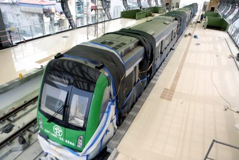 Dự kiến cuối tháng 5/2017 sẽ mở cửa nhà ga La Khê để phục vụ người dân tham quan nhà ga, tàu đường sắt đô thị.