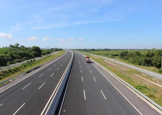 Thu xếp vốn làm đường cao tốc Bắc-Nam