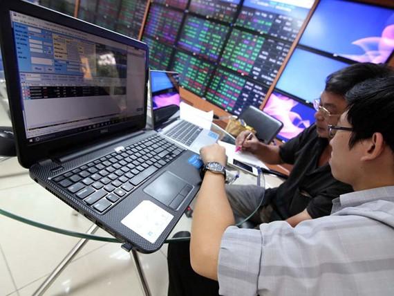 Tâm lý các nhà đầu tư chứng khoán đang khá hưng phấn khi thị trường tăng