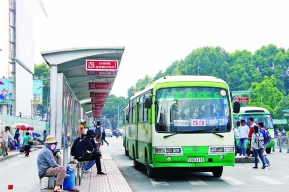 Yêu cầu đẩy mạnh phát triển xe buýt