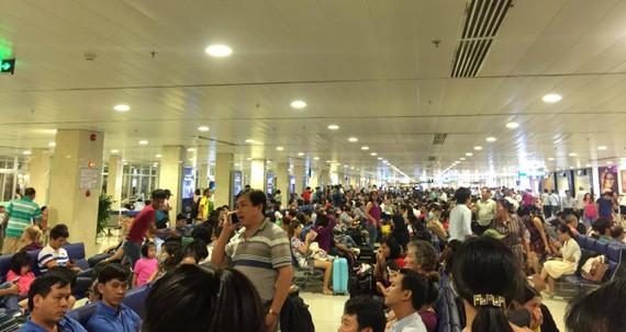 Bộ GTVT đề xuất xây thêm nhà ga hành khách T4 với công suất khoảng 15 triệu khách/năm để nâng công suất sân bây Tân Sơn Nhất