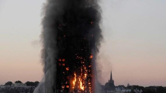 Cháy chung cư Anh: Không có dấu hiệu cố tình gây cháy