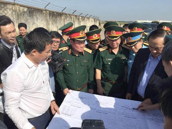 Kiểm tra hiện trạng để bàn giao đất quốc phòng cho TPHCM