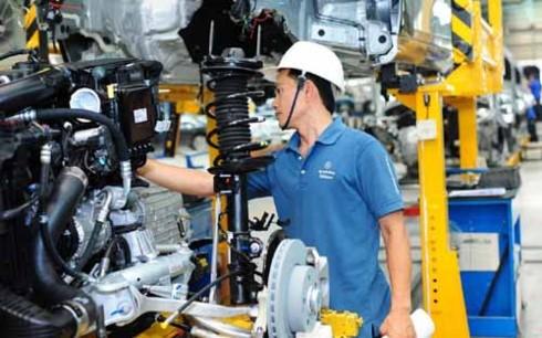 Kiến nghị giảm thuế nhập khẩu linh kiện hỗ trợ ngành ô tô
