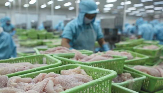 Biến động giá nguyên liệu, nhiều doanh nghiệp sụt giảm lợi nhuận