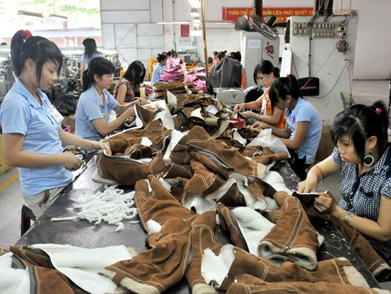 Xuất khẩu da - giày - túi xách VN hiện nay chủ yếu là gia công