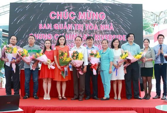 Him Lam Riverside thu phí dịch vụ 7000 đồng/m2