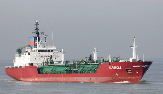 Tàu Alpha Gas mang cờ Panama