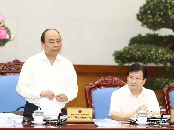 Thủ tướng Nguyễn Xuân Phúc chủ trì phiên họp chuyên đề của Chính phủ về xây dựng pháp luật