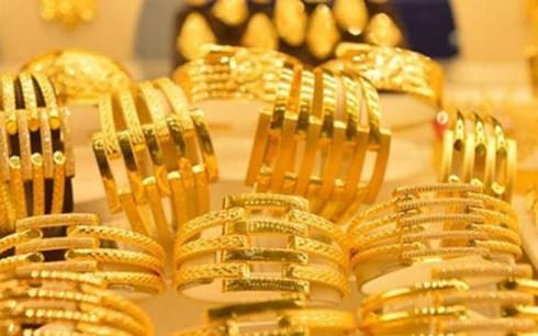 Giá vàng bất ngờ đảo chiều tăng