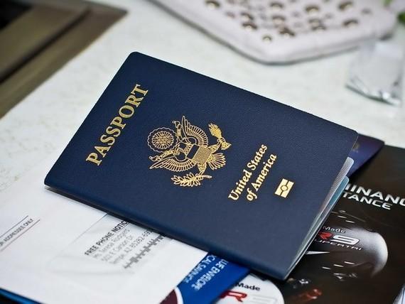 Tòa án Tối cao Mỹ bác phán quyết ngăn chặn sắc lệnh cấm nhập cảnh