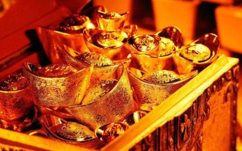 Giá vàng thế giới bật tăng mạnh