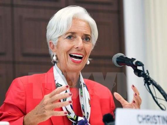 IMF nâng dự báo tăng trưởng kinh tế toàn cầu lên 3.6%