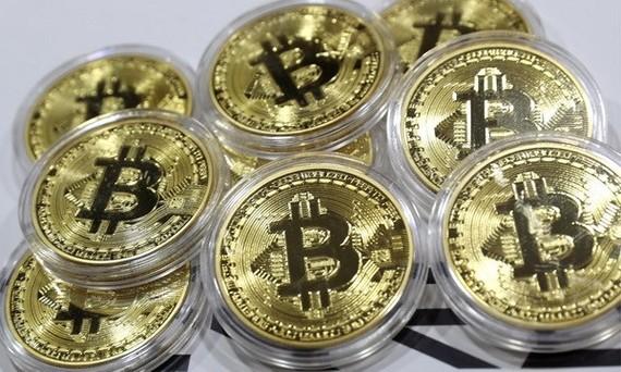 Giá trị Bitcoin lần đầu tiên phá mốc 5.000 USD