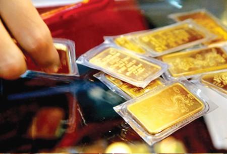 Giá vàng đồng loạt giảm